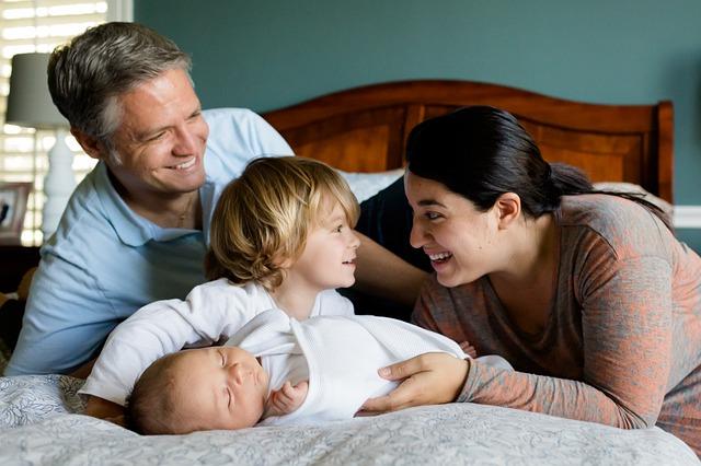 CC0 Public Domain  FAQ-family kids newborn together