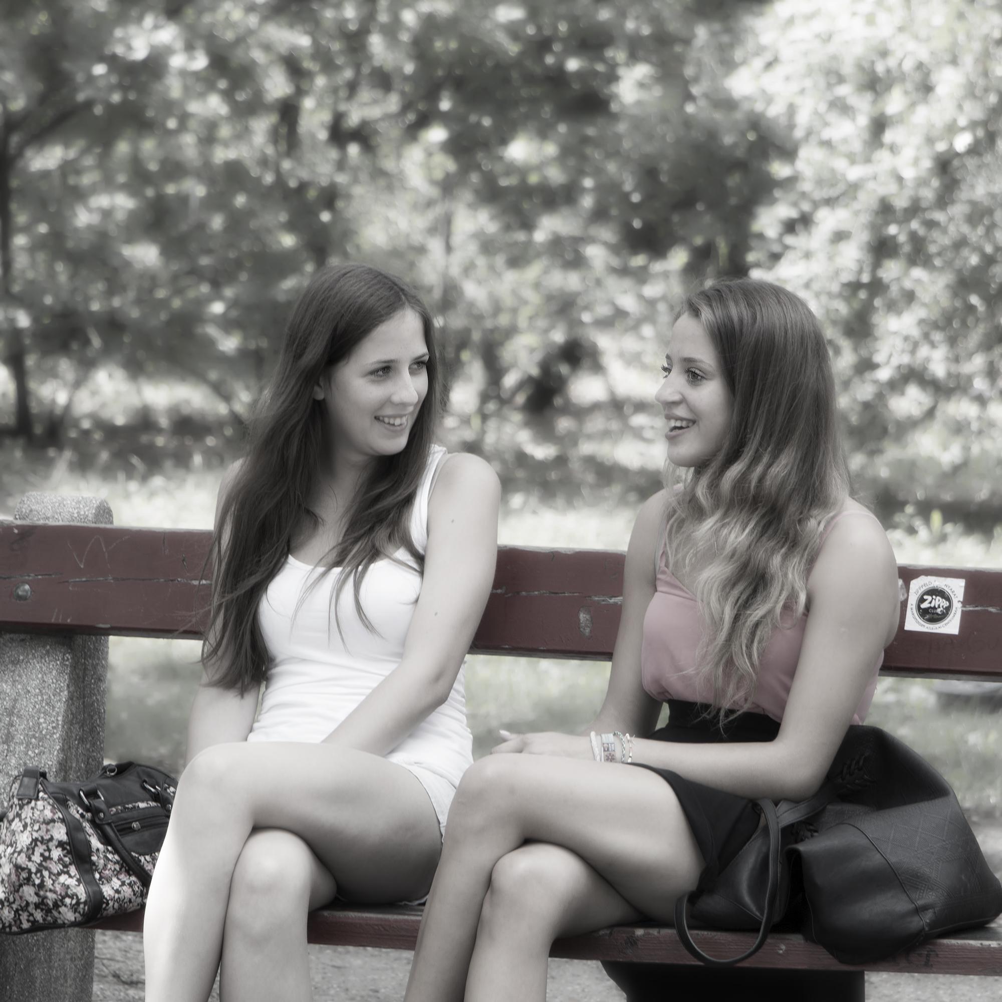 Jan Fidler-talking girls