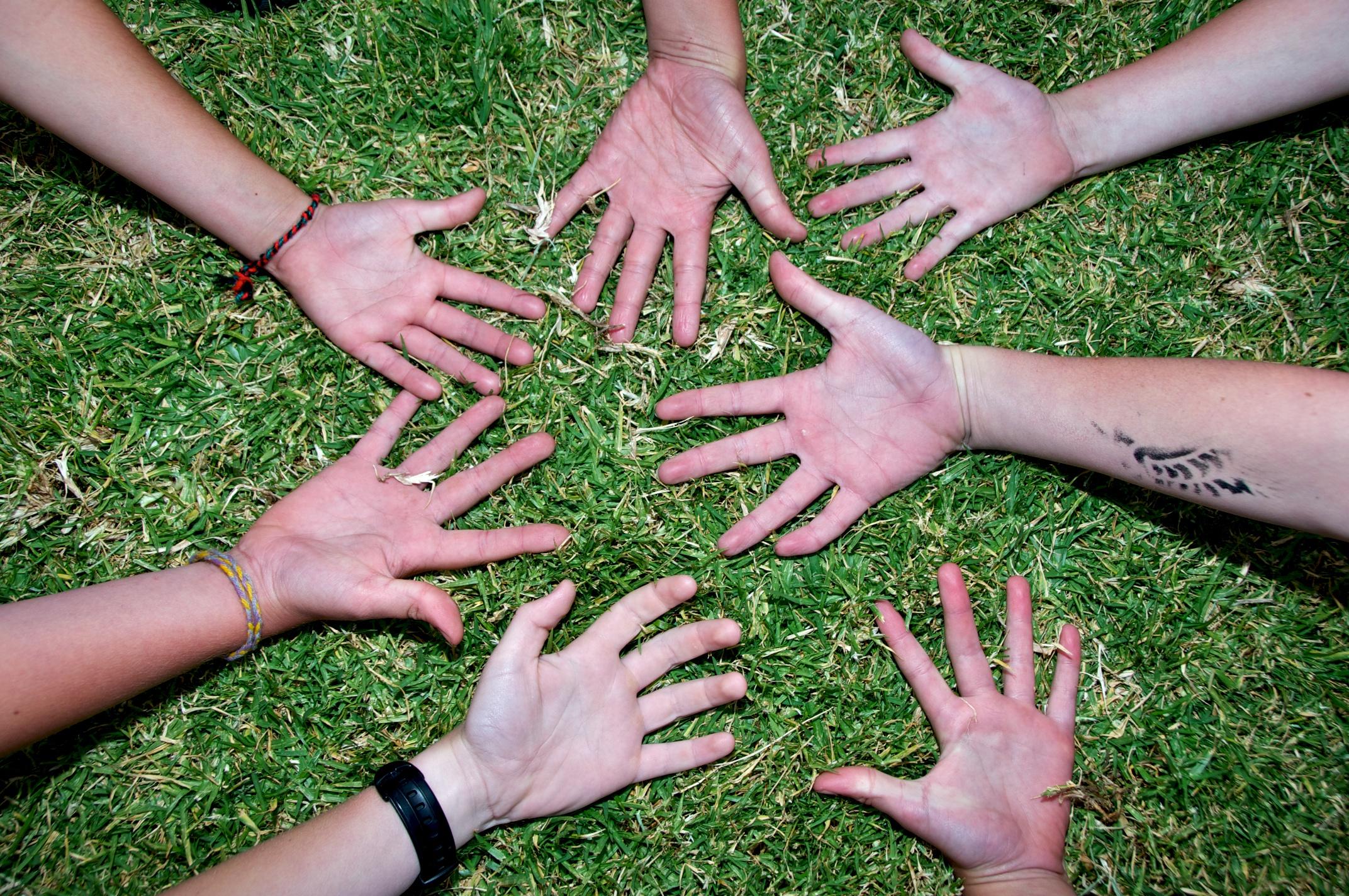 Eastop-Children's Hands 2 (1)